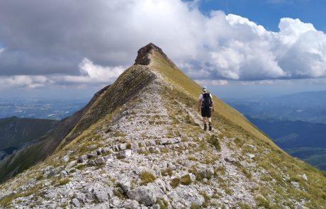 wandelen Monti Sibbillini, Camping44, Loro Piceno